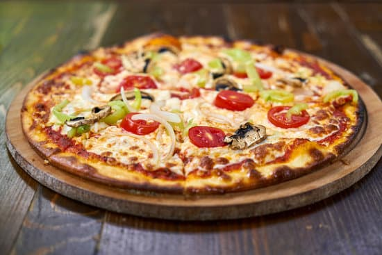 Pizza-Party mit und für unsere neuen Nachbarn / Dusslingen